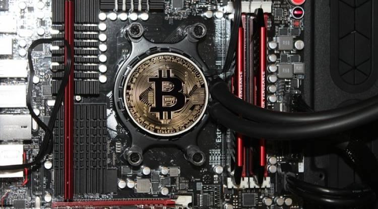 How to earn Bitcoin free?