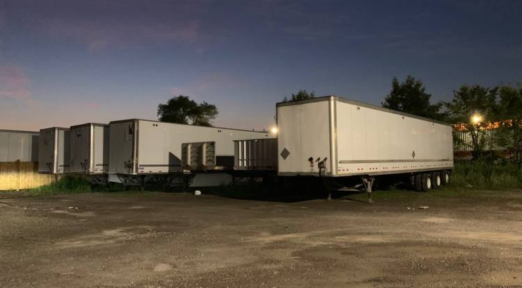 6 Useful Tips to Buy a Used Semi Trailer